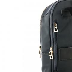 卓凡尼 · 华伦天奴布鲁塞尔 双肩背包GV2378XB